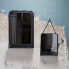 BePure Speak hangende spiegel met planchet Metaal Zwart