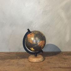 Wereldbol Zwart 12,5x14x22cm