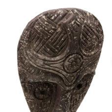 Timor masker op standaard - 69cm
