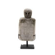 Kadauma beeld steen op standaard - 48cm