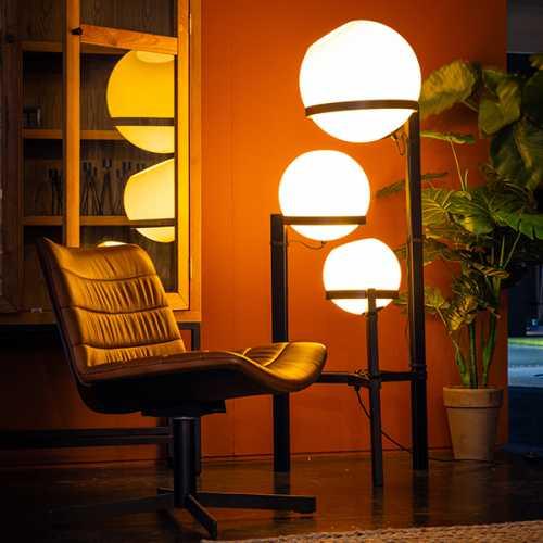 Vloerlamp Orb 3-lichts 140cm - Opaal glas